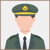 自衛隊員 男性